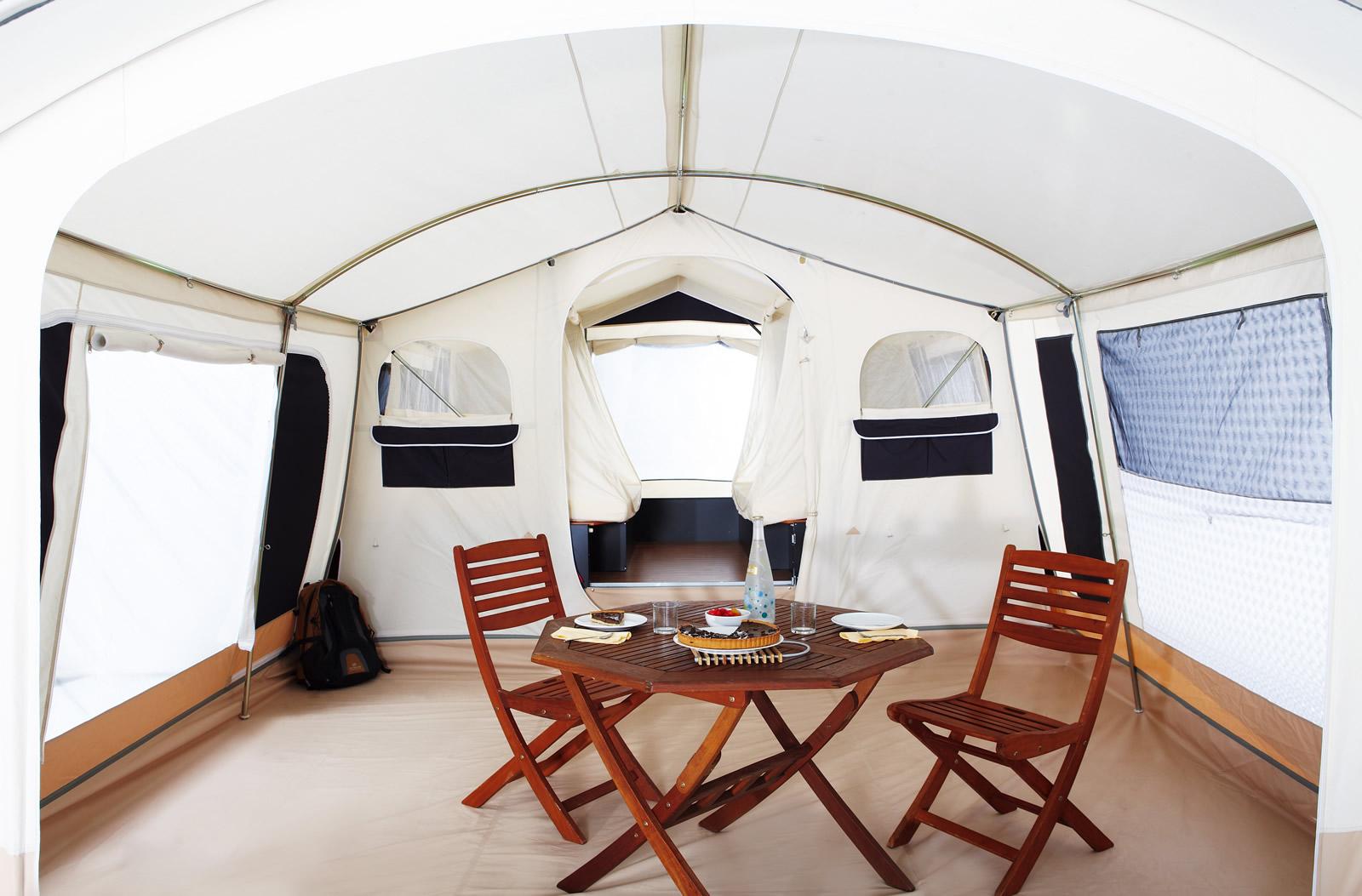 Šotorska počitniška kamp prikolica Trigano Galleon
